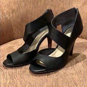 NWOT! Seychelles Black Stiletto Sandals